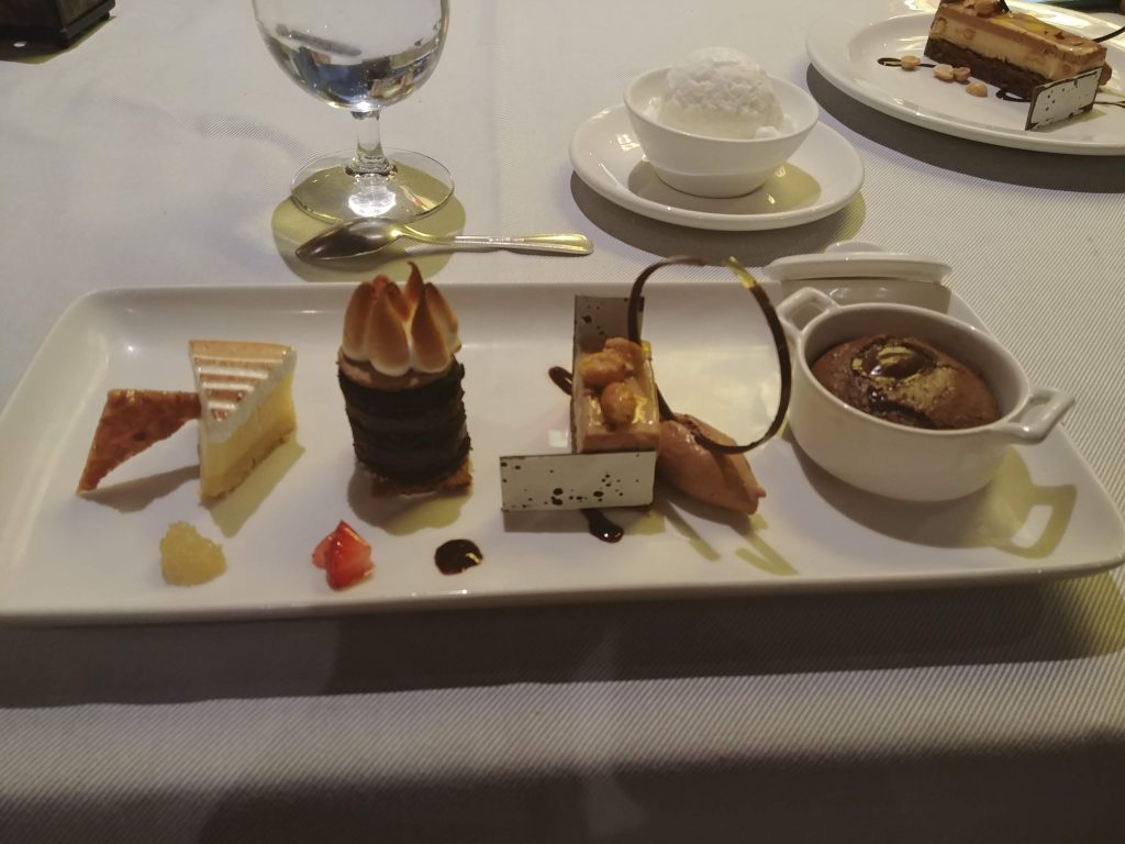 dessert restaurant cruise ship