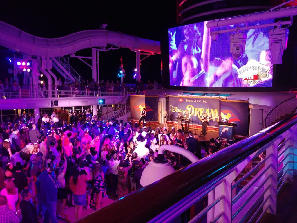 party cruise ship disney dream