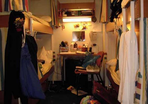 crew cabin cruise ship